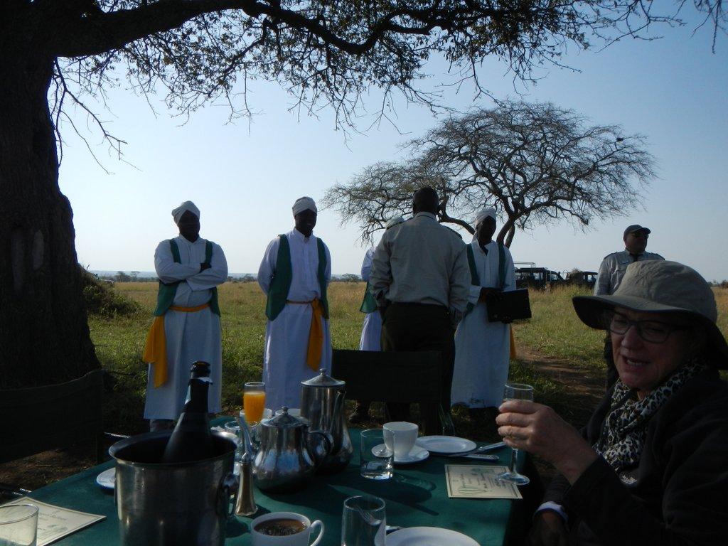 Breakfast at Serengeties